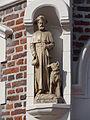 Boxmeer - Beeld van Sint Rochus op de buitenzijde van de Rochuskapel.jpg