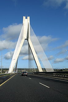Boyne River Bridge, M1 motorway 353105.jpg