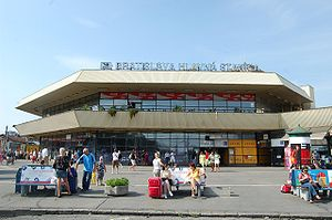 Bratislava hlavná stanica - View of the main entrance to the station