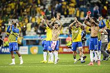 220px Brazil and Croatia match at the FIFA World Cup 2014 06 12 %2822%29 Le palmares et tous les buts de Dani Alves   est il le meilleur arrière droit