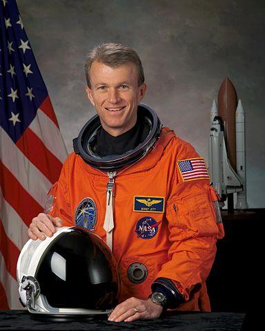 Astronaut Brent W. Jett, Jr., STS-115 mission commander, NASA photo (2005) Source: Wikipedia (spaceflight.nasa.gov killed 25 Feb 2021) 384px-Brent_Jett.jpg
