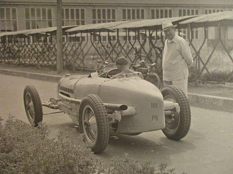 File:Bugatti Molsheim 046.jpg