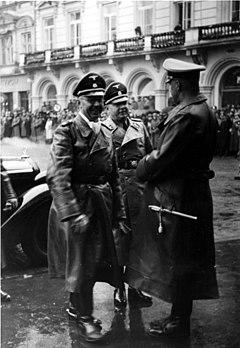 Bundesarchiv Bild 121-0273, Krakau, Ankunft Heinrich Himmler