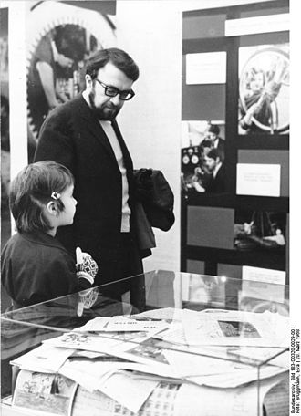 Wolfgang Kieling - Wolfgang Kieling (and his daughter), 20 March 1968
