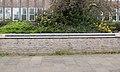 Burgerslachtoffers herdenkingsmonument aan de Burg. H. van Sleenstraat te Brielle.jpg