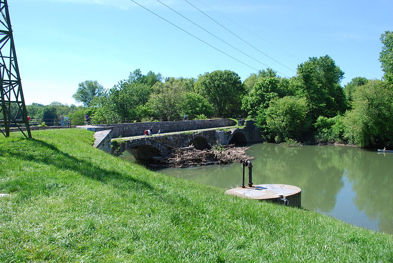 C%26O Canal - Conococheague Creek Aqueduct.jpg