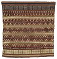 COLLECTIE TROPENMUSEUM Geweven doek met strepen en gouddraad borduursel TMnr 6213-1.jpg