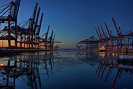 CTB-CTW Port of Hamburg-Waltershof.jpg
