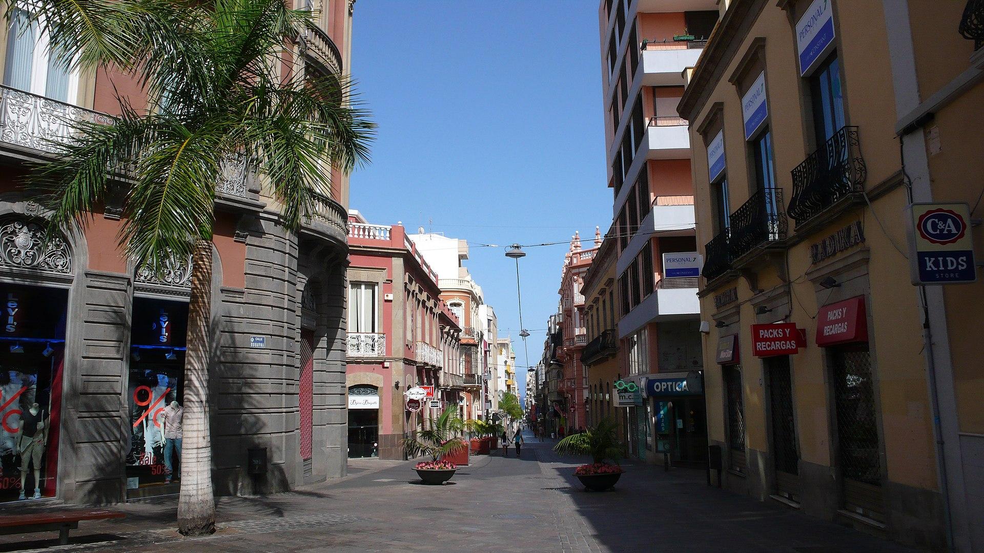 Calle del castillo santa cruz de tenerife wikipedia - Centro comercial del mueble tenerife ...