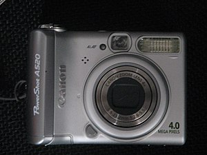 Canon PowerShot A520 digital camera