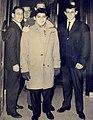 Castelli et fils avec Paul Anka.jpg