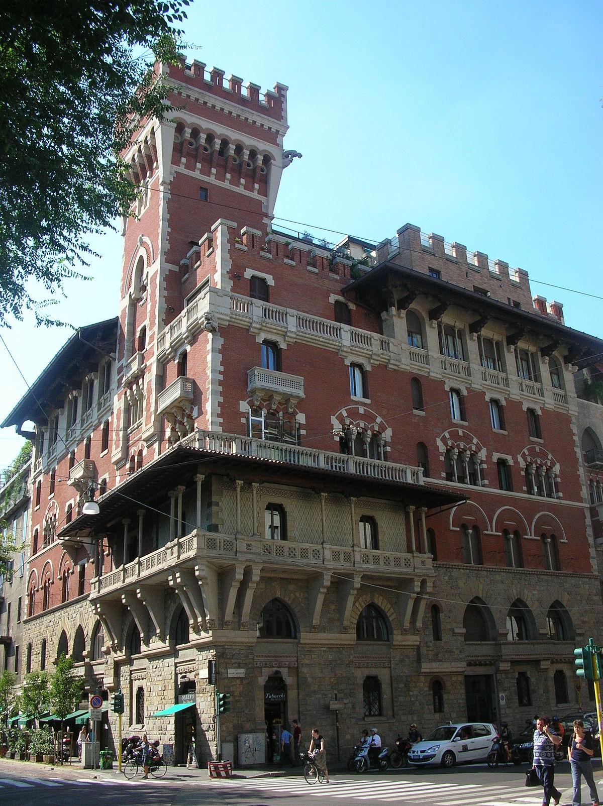 Castello cova wikipedia for 2 piani di casa contemporanea di storia