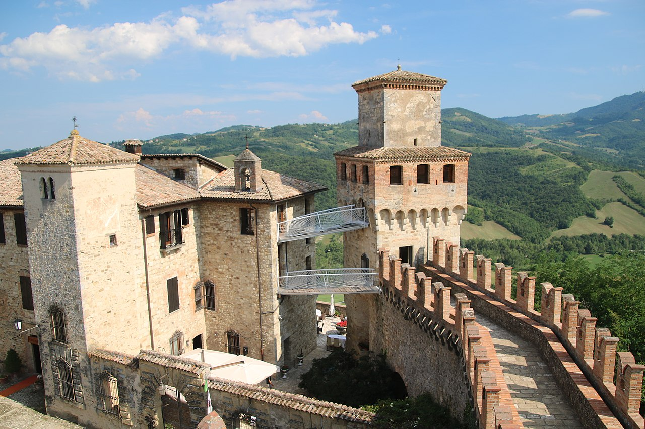 Castello di Vigoleno (Vernasca) 21.jpg