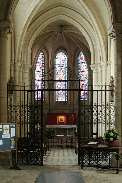 English:  St Paul chapel in Laon Cathedral, hosting the Holly Face of Laon (Acheiropoieta).