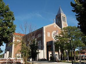 Cathedral of St. Raymond Nonnatus (Joliet, Illinois) - Image: Cathedral of St. Raymond Nonnatus Joliet 01
