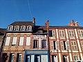 Châteauneuf-en-Thymerais - façades immeubles.jpg
