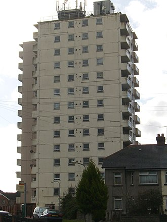 Grangetown, Cardiff - Channel View Flats, the tallest building in Grangetown