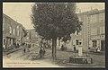 Chateauneuf-de-Galaure. - Une Place (34317299621).jpg