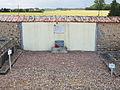 Chaumot-FR-89-cimetiére-sépulture d'un résistant-01.jpg