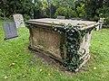 Chest Tomb Birdingbury 2.jpg