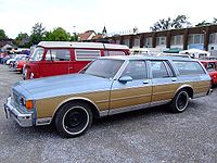 Chevrolet Caprice Estate 03.jpg