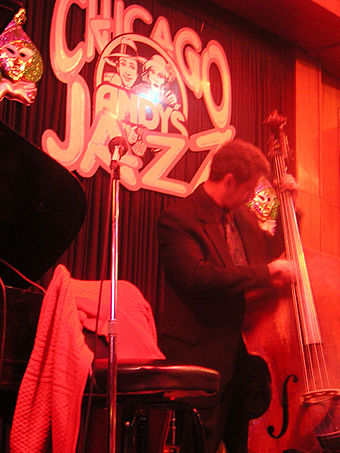 A Chicago jazz club ChicagoJazzClubAndys.jpg