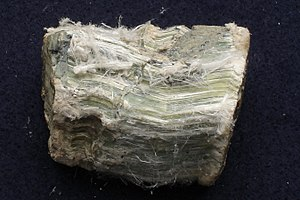Fracture (mineralogy) - Chrysotile