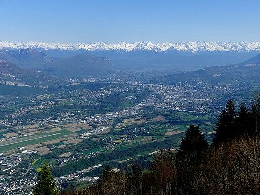 Cluse de Chambéry et Belledonnes depuis le Mont du Chat (avril 2018)