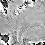 Columbia Glacier, Valley Glacier Convergence, March 12, 1989 (GLACIERS 1441).jpg