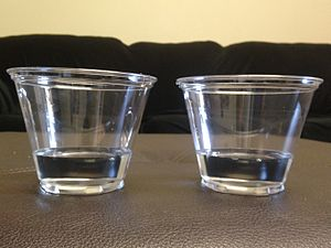 Conservation (psychology) - Two glasses with an equal amount of liquid