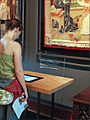 Consultation dune borne multimédia (Musée de Cluny, Paris) (3840258017).jpg