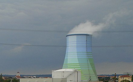 """Camouflaged"" natural draft wet cooling tower Cooling tower power station Dresden.jpg"