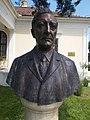 Count Kunó Klebelsberg bust by Frigyes Janzer, 2017 Dabas.jpg