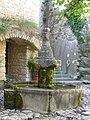 Crestet - Fontaine.JPG