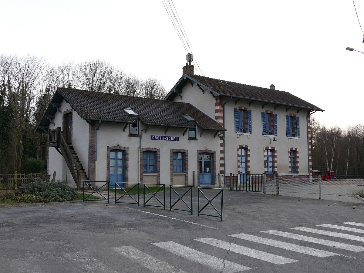 Croth wikidata for Ancienne maison des gardes lourmarin france