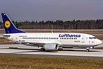 D-ABEN Lufthansa Boeing 737-330 coming in from Milan (LIMC) @ Frankfurt - Rhein-Main International (EDDF) - 08.04.2015 (16982632378).jpg