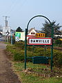 Damville-FR-27-la ville-02.jpg