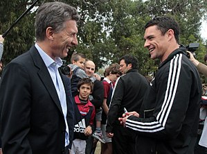 Dan Carter - Carter with President Mauricio Macri in Argentina at a welcome for the All Blacks during the Rugby Championship.