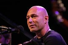 Daniel Landa na koncertě v divadle Kalich v Praze v roce 2007