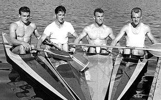 Erling Jessen - Jessen (2nd right) in 1960