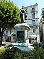 Daumesnil statue Perigueux.jpg