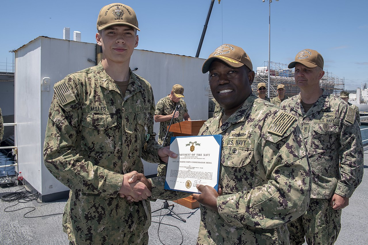 File:David Miller receives Navy and Marine Corps