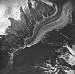 Dawes Glacier, valley glacier terminus and hanging glaciers, August 24, 1963 (GLACIERS 5378).jpg