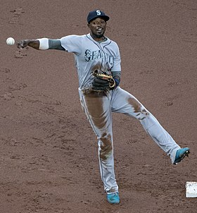 Dee Gordon 2018 (cropped).jpg