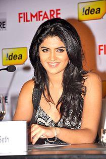 Deeksha 59th filmfare awards(south) press meet3.jpg