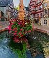 Der Brunnen (1583) auf dem historische Marktplatz in Miltenberg.jpg