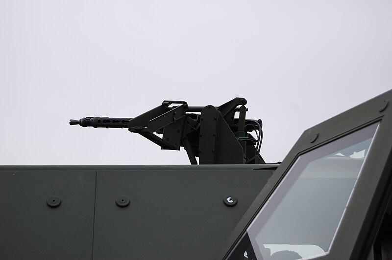 File:Dingo Maschinengewehr.jpg