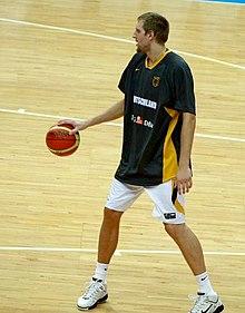 Nowitzki größe dirk Dirk Nowitzki