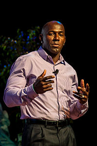 Donald Driver, Disney Social Media Moms Conference, 2014.jpg