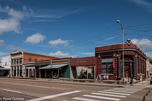 Calvert, Texas - Image: Downtown Calvert Texas(1 of 2)